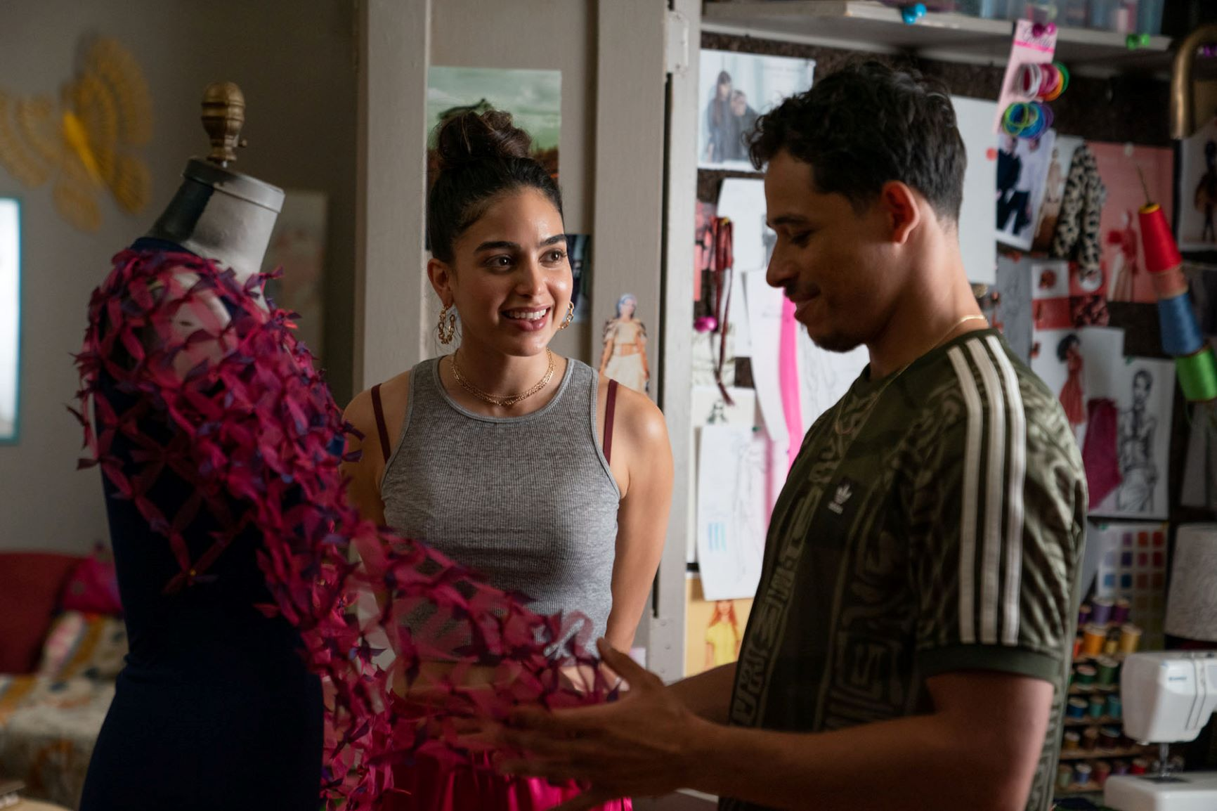 """(L-r) MELISSA BARRERA as Vanessa and ANTHONY RAMOS as Usnavi in Warner Bros. Pictures' """"IN THE HEIGHTS,"""" a Warner Bros. Pictures release. Photo by Macall Polay"""